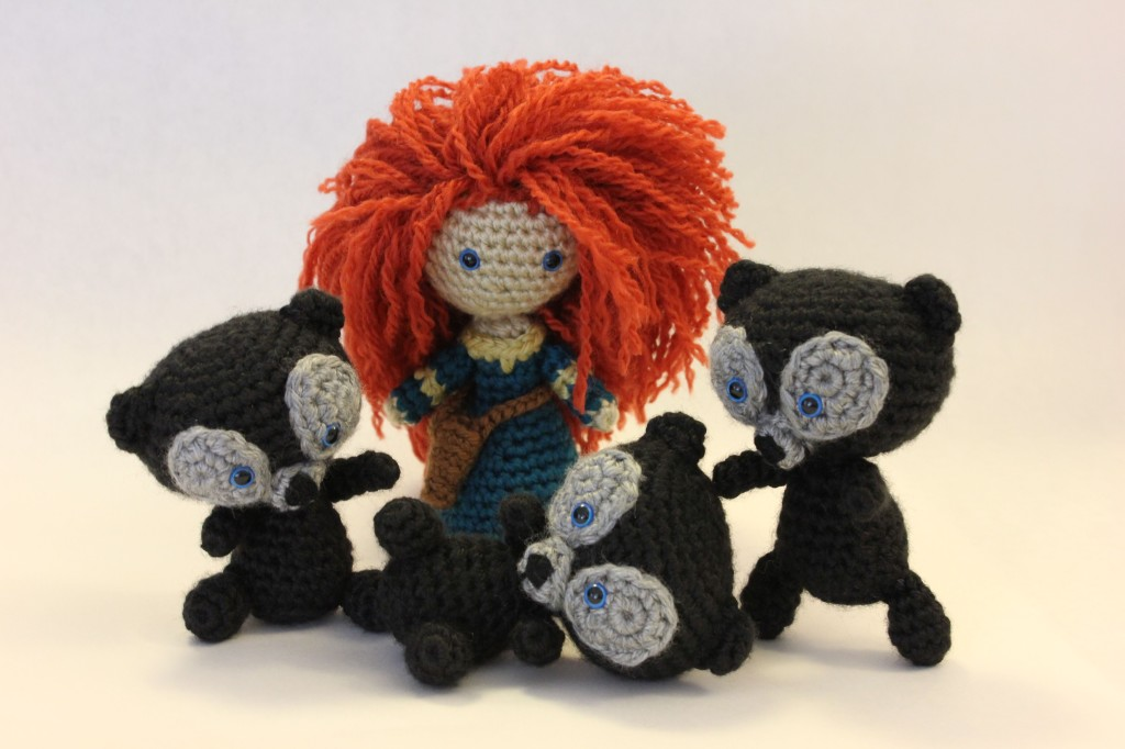 Brave Bear And Merida Pattern by Sahrit