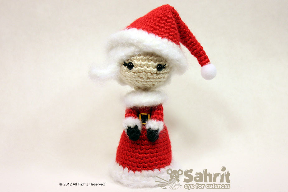 Mrs. Santa Claus Amigurumi Pattern By Sahrit