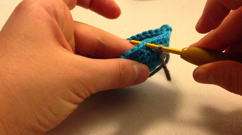 How To Join A New Color In Crochet By Sahrit