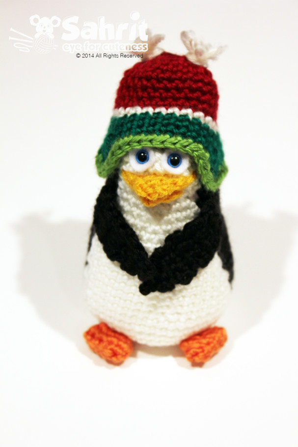 Penguin 3 with hat Pattern by Sahrit