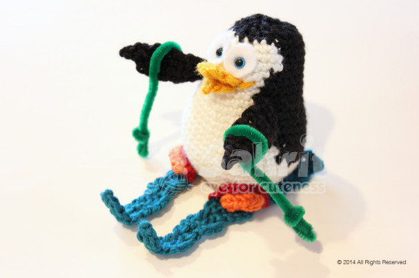 Penguin4 on Skis Pattern by Sahrit
