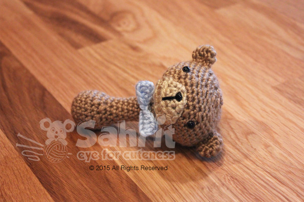 Bow Tie Teddy Rattle Pattern by Sahrit