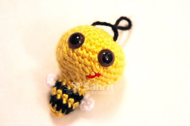Billy the Bumble Bee Pattern by Sahrit